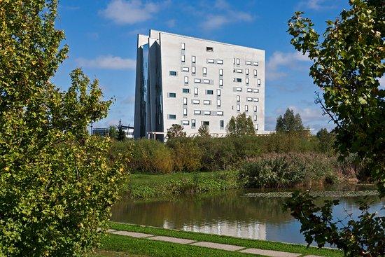 CONSTRUCTION DE L'HOTEL « GOLDEN TULIP »  4*  PARC TECHNOLOGIQUE DE SAINT-PRIEST