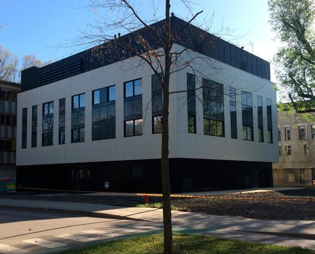 Construction d'un pôle de recherche en biologie environnementale et systèmique  PILSI-EDD-BEESY à Saint Martin d'Hères – campus universitaire