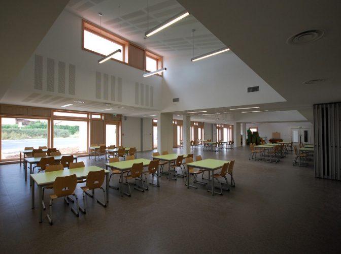 Construction de l'école maternelle «Charles Perraud» à Chavagneux