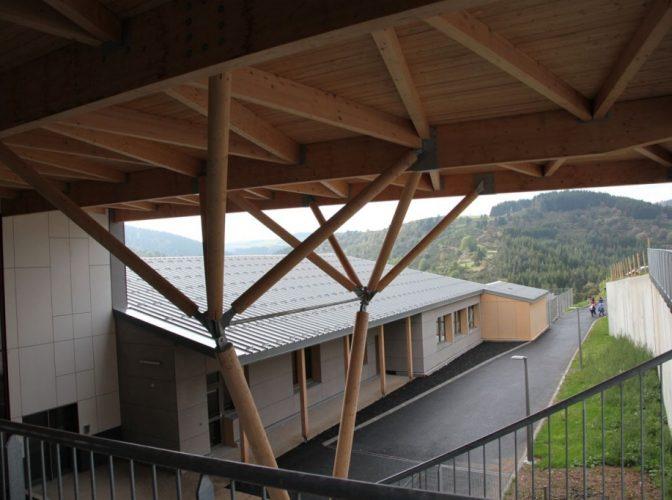 Construction de la cité scolaire de Saint Cirgues en Montagne