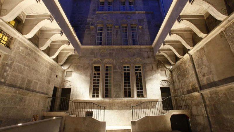 RESTAURATION DES ANCIENS HOTELS PARTICULIERS DE PIERRE BUCHET ET DE CROY-CHANEL A GRENOBLE